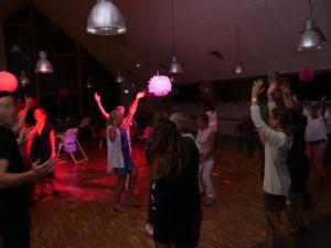 salle-soiree-jeux-lumiere-sono-location-calvados-manche-isigny-saint-lo-mariage-anniversaire
