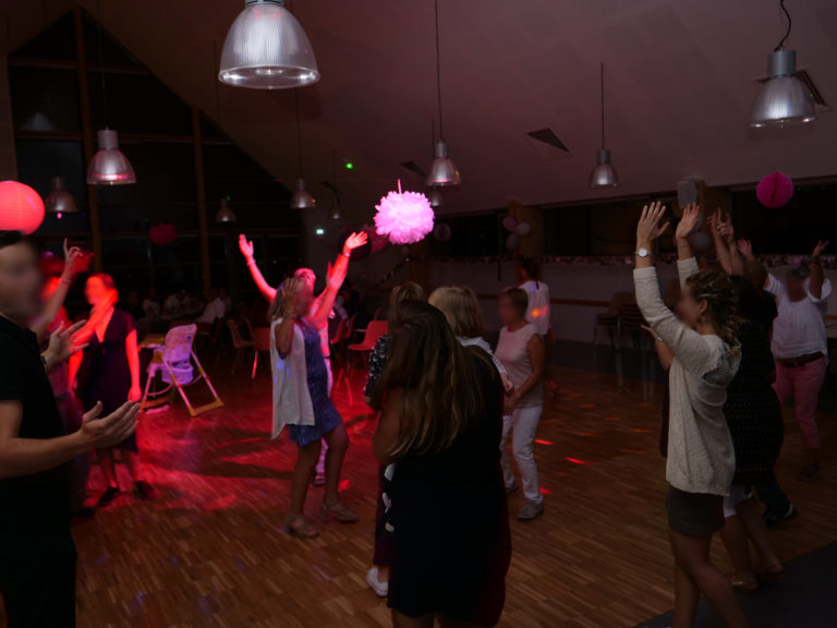 salle-soiree-jeux-lumiere-sono-location-calvados-manche-isigny-saint-lo-mariage-anniversaire