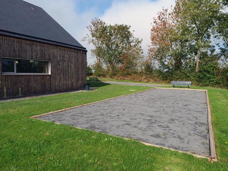 location-salle-fetes-reception-normandie-calvados-manche-terrains-jeux-foot-petanque