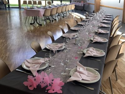 location-salle-reception-soiree-fetes-isigny-osmanville-calvados-manche-vaisselle-table