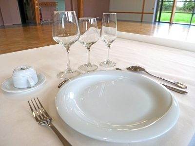 location-vaisselle-mariage-salle-fete-osmanville-reception-anniversaire-isigny-saint-lo-bayeux